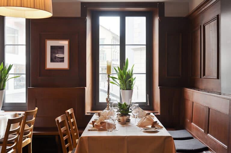 Gourmet Restaurant Ecktisch